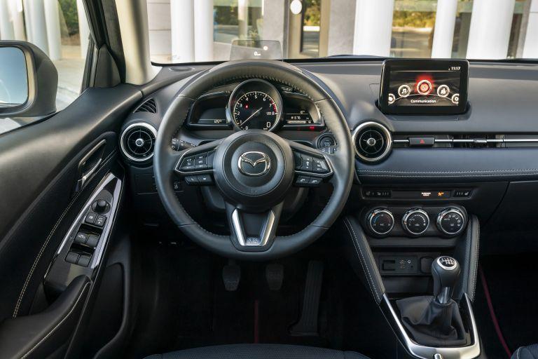 2020 Mazda 2 580984