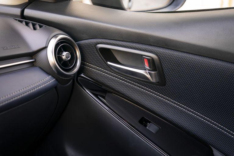 2020 Mazda 2 580992