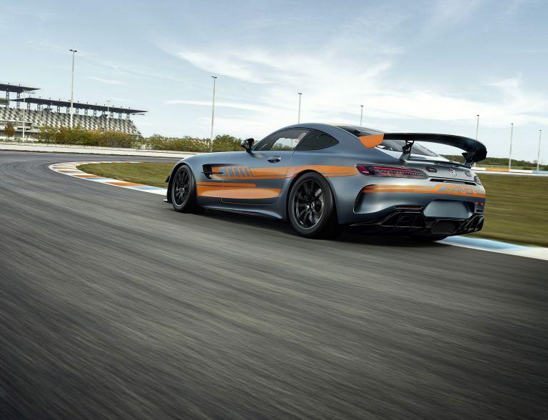2020 Mercedes-AMG GT4 581525