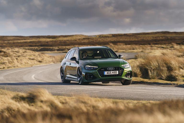 2020 Audi RS 4 Avant - UK version 581895