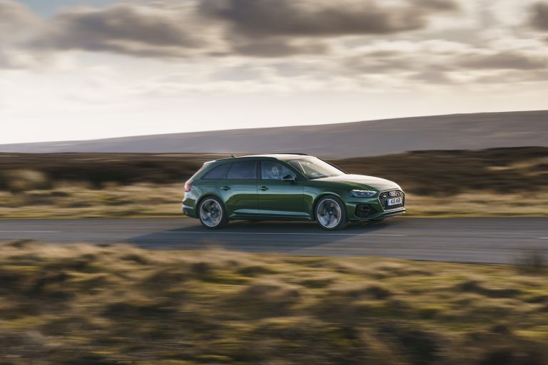 2020 Audi RS 4 Avant - UK version 581903