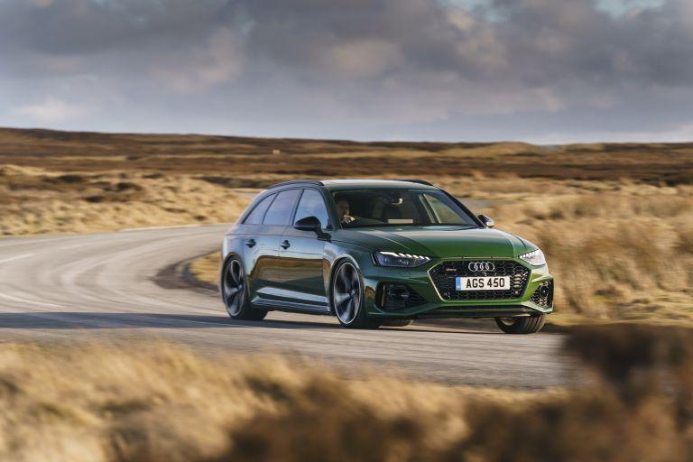 2020 Audi RS 4 Avant - UK version 581910