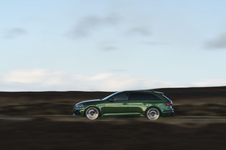 2020 Audi RS 4 Avant - UK version 581916