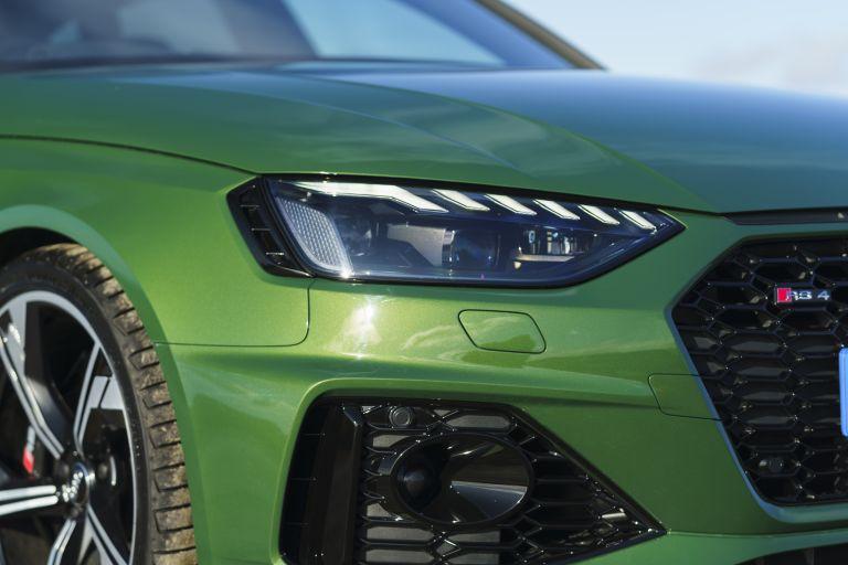 2020 Audi RS 4 Avant - UK version 581927