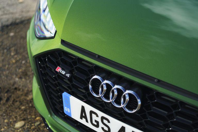 2020 Audi RS 4 Avant - UK version 581929