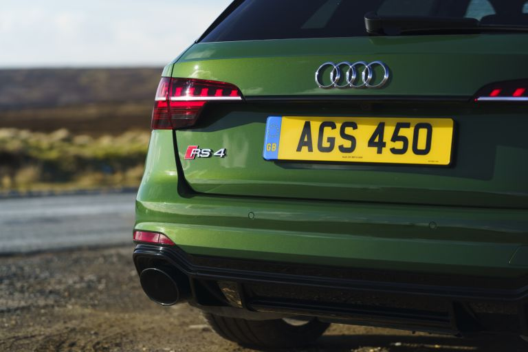 2020 Audi RS 4 Avant - UK version 581935