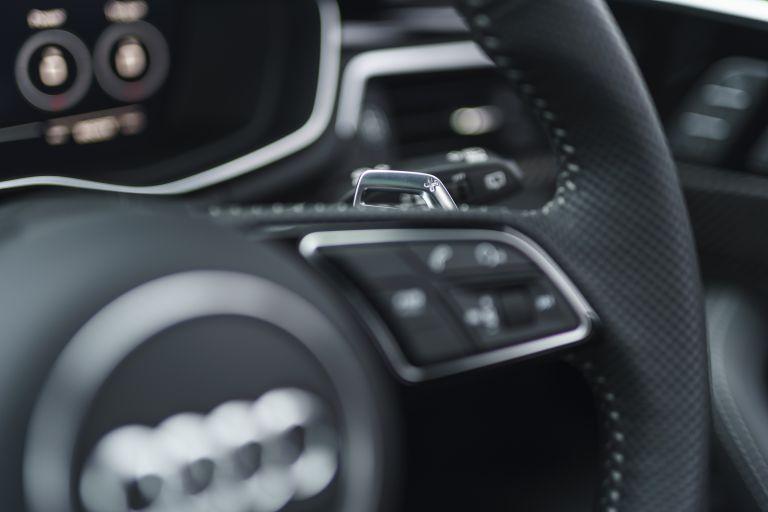 2020 Audi RS 4 Avant - UK version 581949