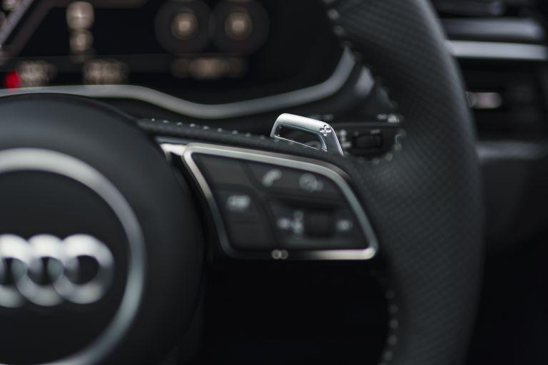 2020 Audi RS 4 Avant - UK version 581951