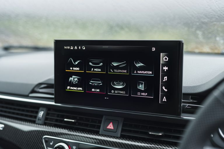2020 Audi RS 4 Avant - UK version 581962
