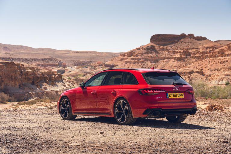 2020 Audi RS 4 Avant - UK version 581978