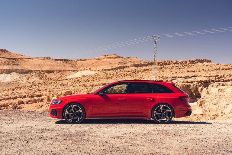 2020 Audi RS 4 Avant - UK version 581981