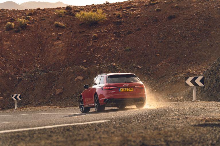 2020 Audi RS 4 Avant - UK version 582011
