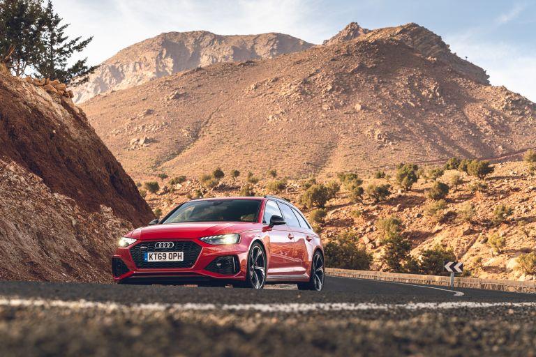 2020 Audi RS 4 Avant - UK version 582019