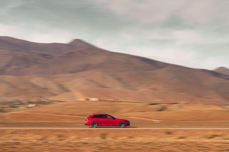 2020 Audi RS 4 Avant - UK version 582043