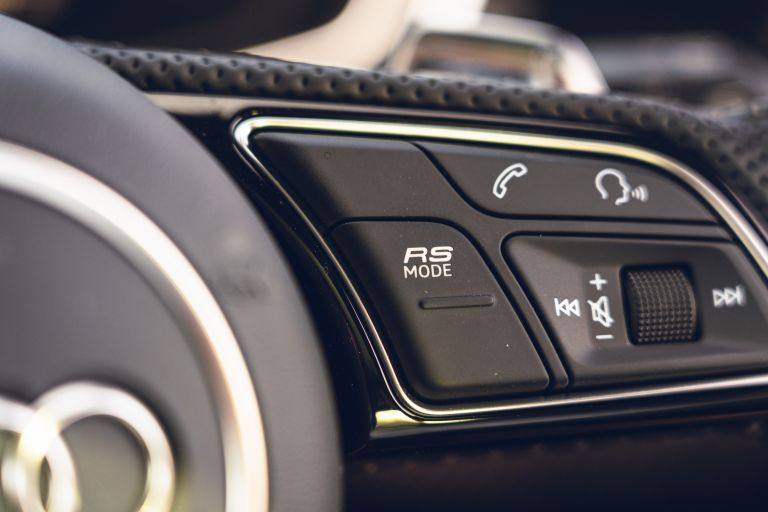 2020 Audi RS 4 Avant - UK version 582053