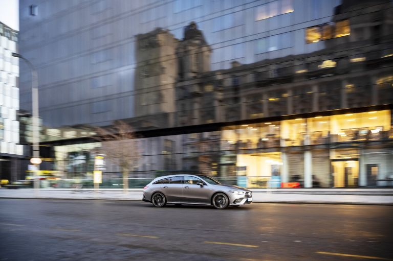 2020 Mercedes-AMG CLA 35 4Matic Shooting Brake - UK version 582087