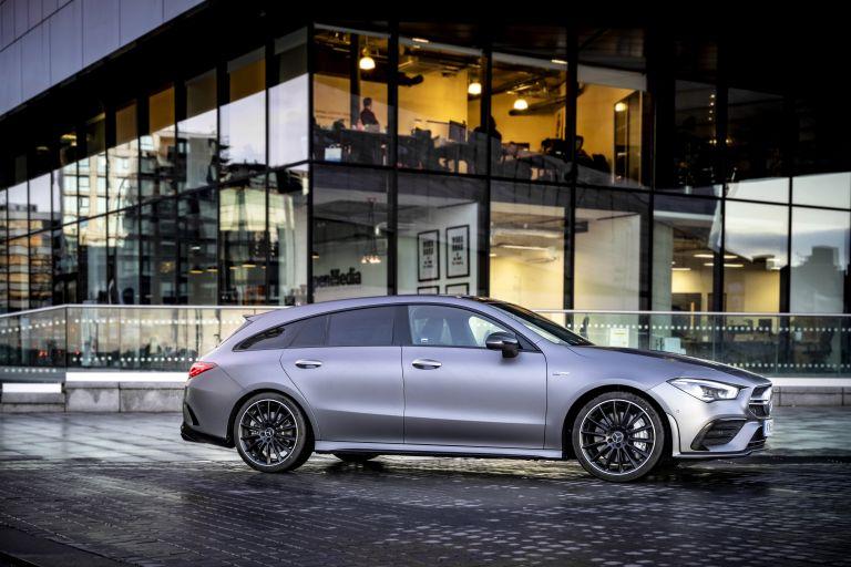 2020 Mercedes-AMG CLA 35 4Matic Shooting Brake - UK version 582094