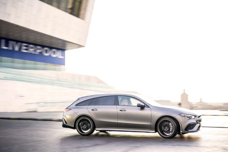 2020 Mercedes-AMG CLA 35 4Matic Shooting Brake - UK version 582099