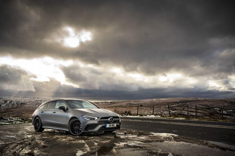 2020 Mercedes-AMG CLA 35 4Matic Shooting Brake - UK version 582105