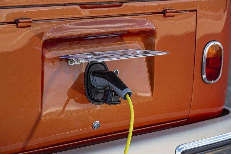 2020 Volkswagen e-Bulli concept 583746
