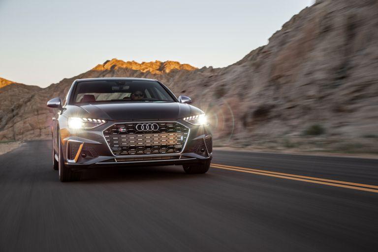 2020 Audi S4 - USA version 583798