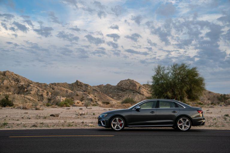 2020 Audi S4 - USA version 583819
