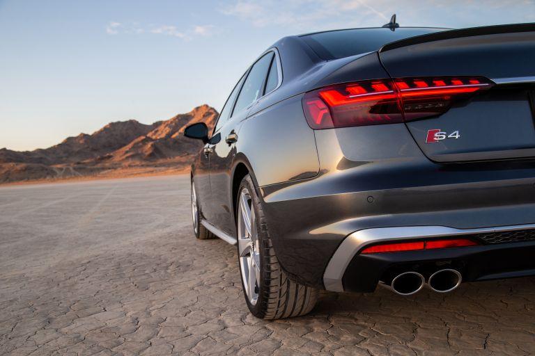 2020 Audi S4 - USA version 583830