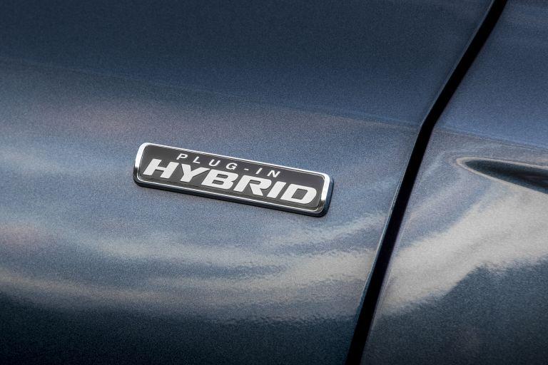 2020 Ford Kuga ST-Line X Plug-In Hybrid 584325
