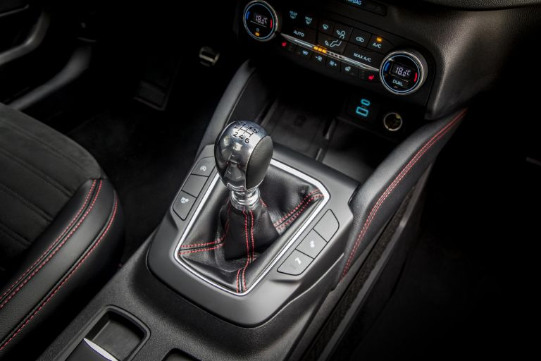 2020 Ford Kuga ST-Line X Plug-In Hybrid 584355
