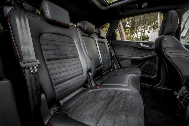 2020 Ford Kuga ST-Line X Plug-In Hybrid 584365