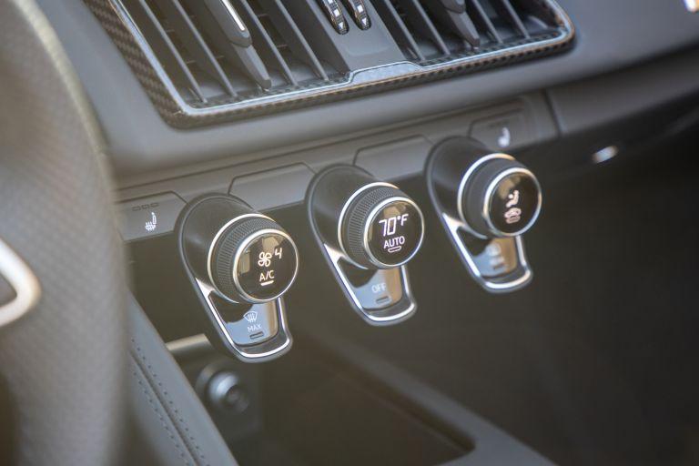 2020 Audi R8 V10 spyder - USA version 585245