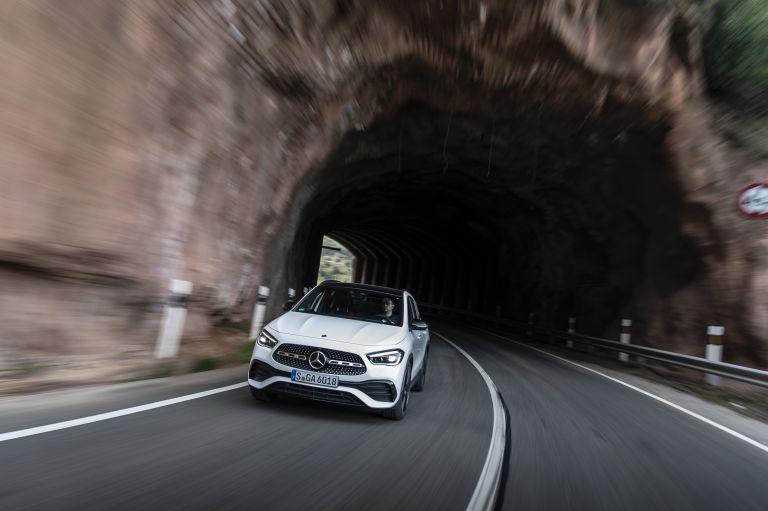 2020 Mercedes-Benz GLA 250 4Matic 585734