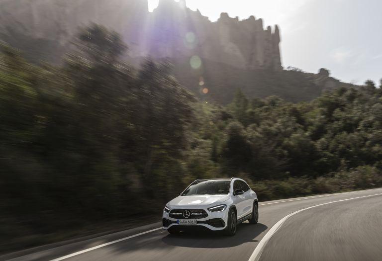 2020 Mercedes-Benz GLA 250 4Matic 585738