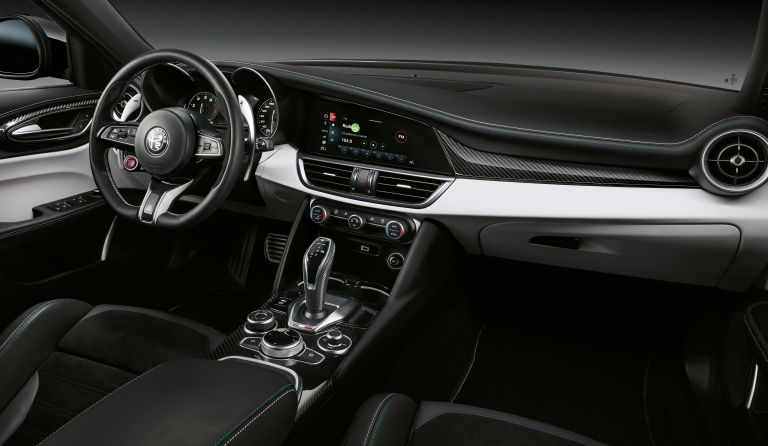 2020 Alfa Romeo Stelvio Quadrifoglio 585923