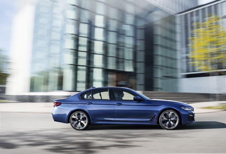 2021 BMW 530e ( G30 ) xDrive 586600