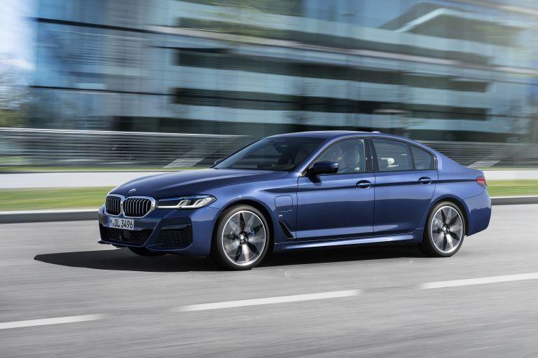 2021 BMW 530e ( G30 ) xDrive 586601