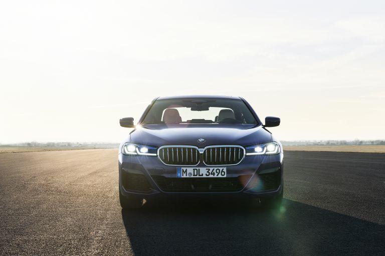 2021 BMW 530e ( G30 ) xDrive 586602