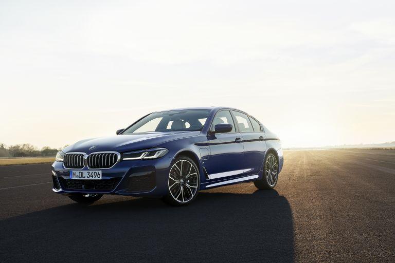 2021 BMW 530e ( G30 ) xDrive 586604