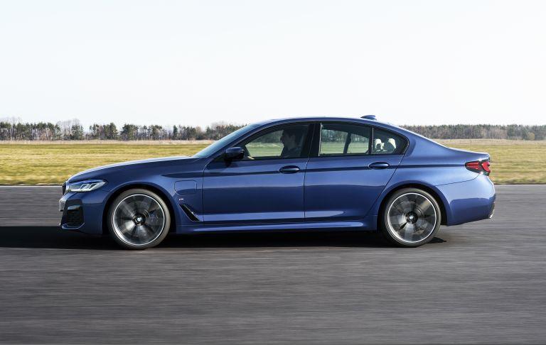 2021 BMW 530e ( G30 ) xDrive 586612