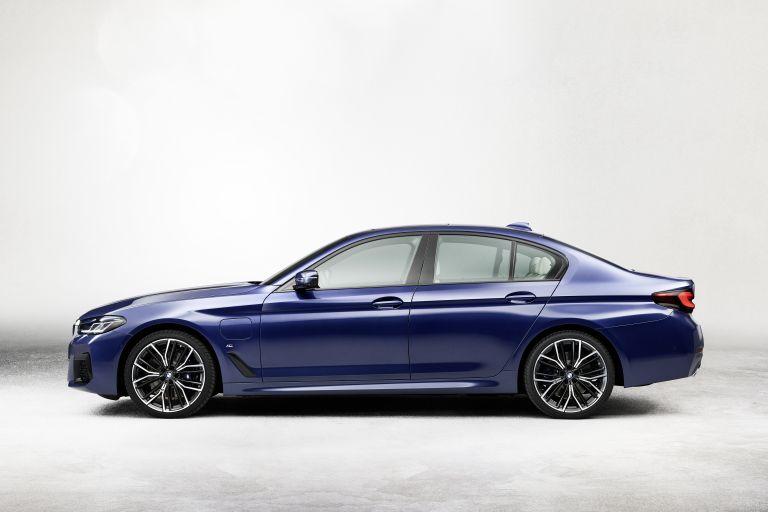 2021 BMW 530e ( G30 ) xDrive 586620