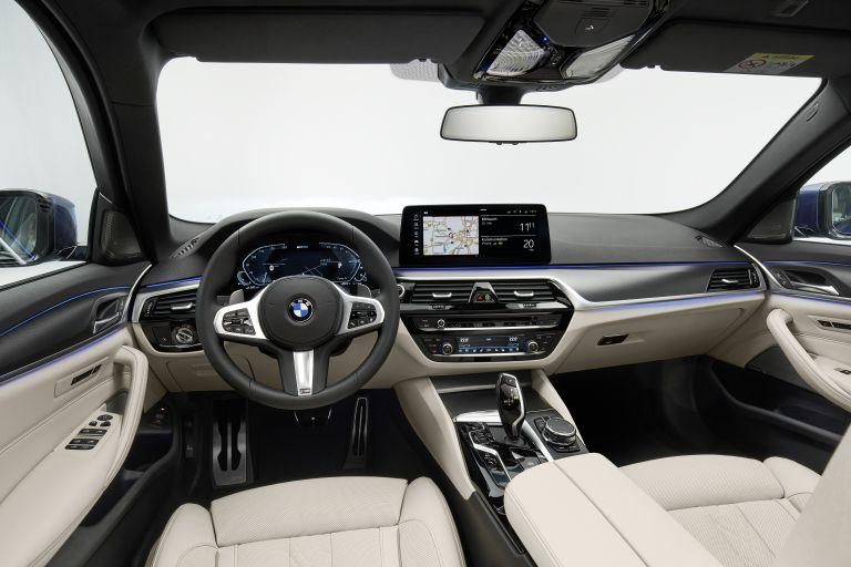 2021 BMW 530e ( G30 ) xDrive 586638