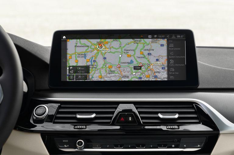 2021 BMW 530e ( G30 ) xDrive 586640