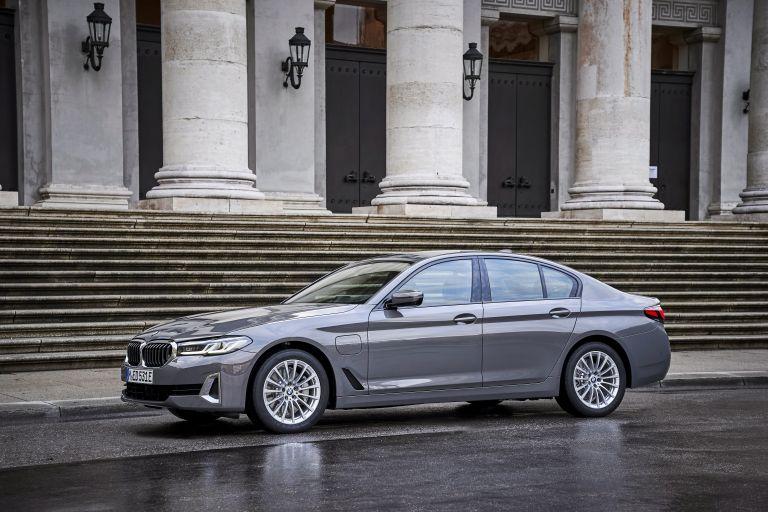 2021 BMW 530e ( G30 ) xDrive 605804