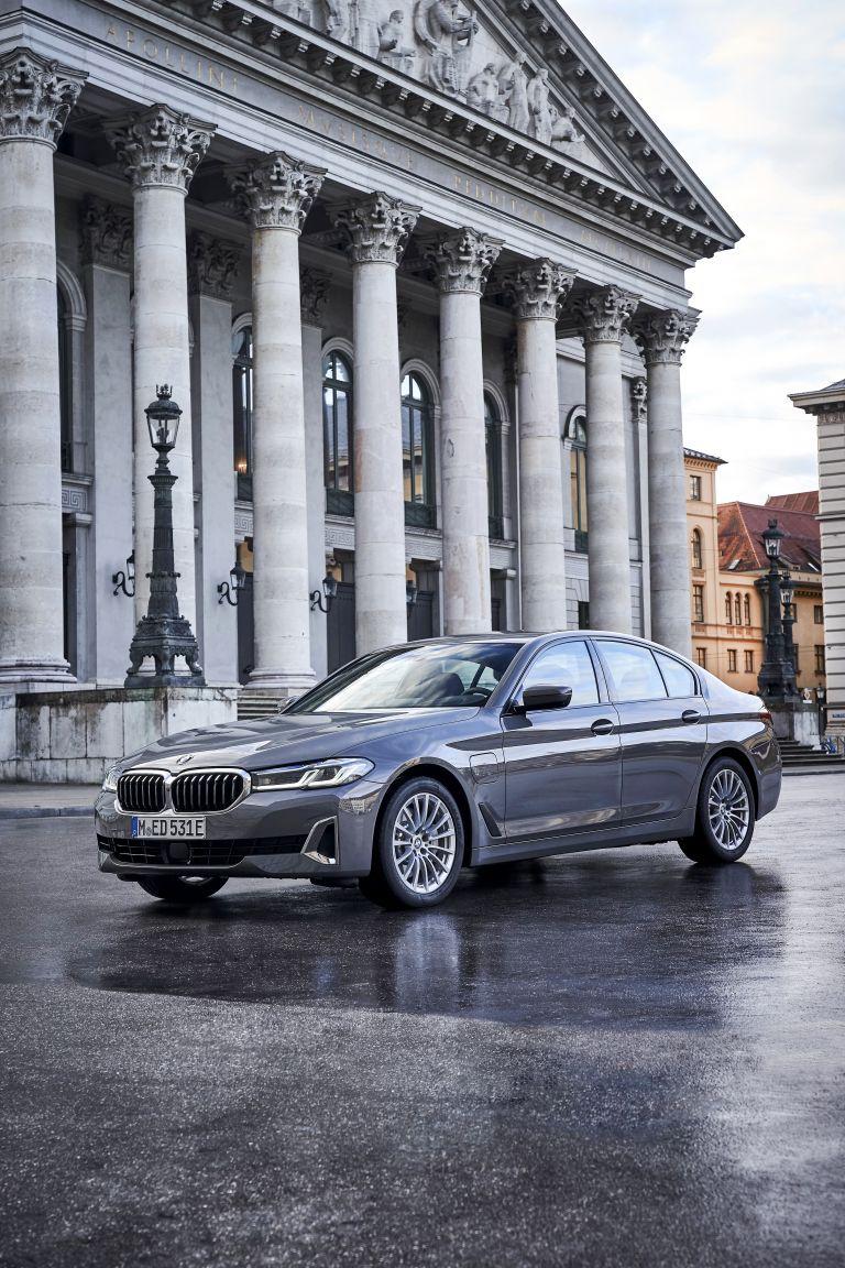 2021 BMW 530e ( G30 ) xDrive 605807