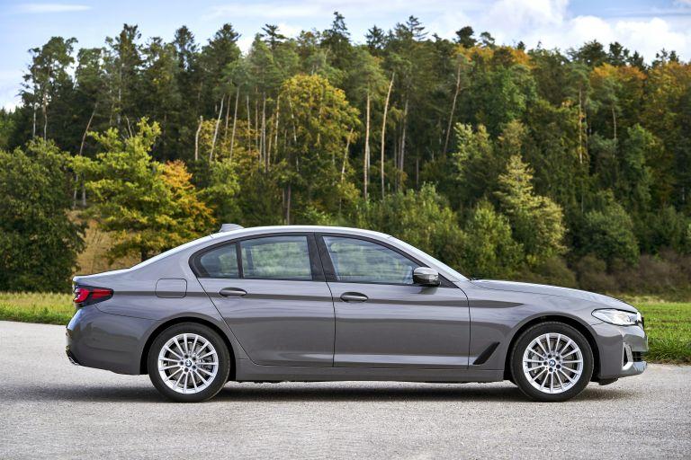2021 BMW 530e ( G30 ) xDrive 605811