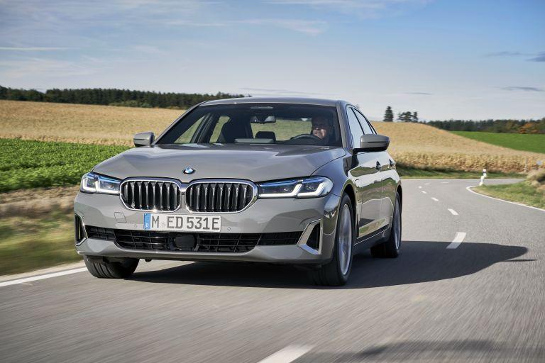2021 BMW 530e ( G30 ) xDrive 605820