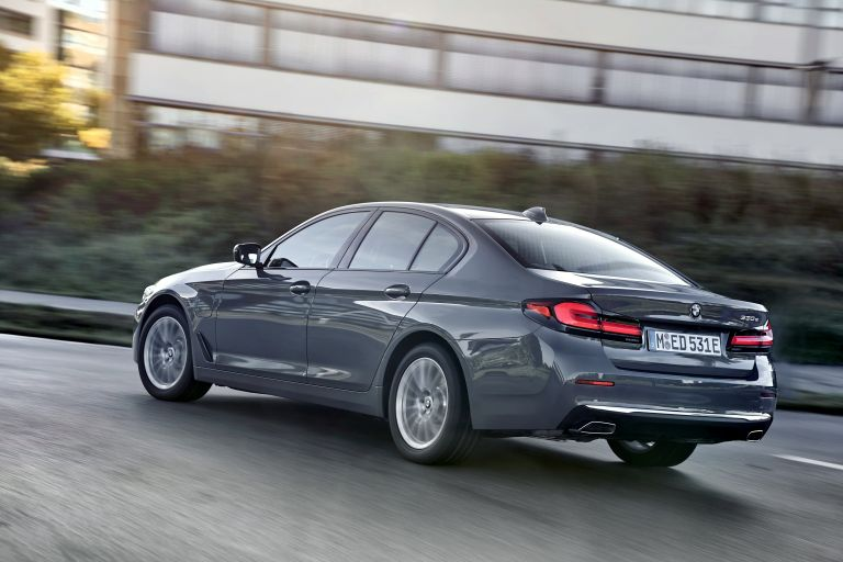 2021 BMW 530e ( G30 ) xDrive 605824