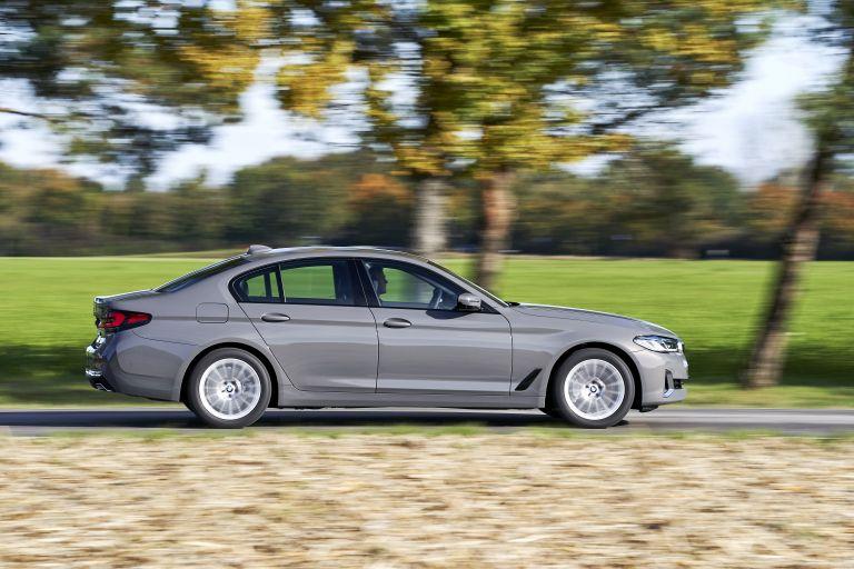 2021 BMW 530e ( G30 ) xDrive 605830