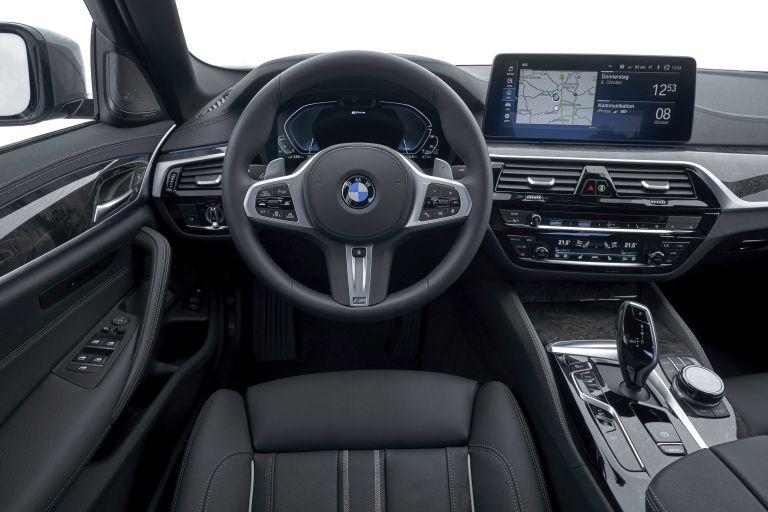 2021 BMW 530e ( G30 ) xDrive 605845