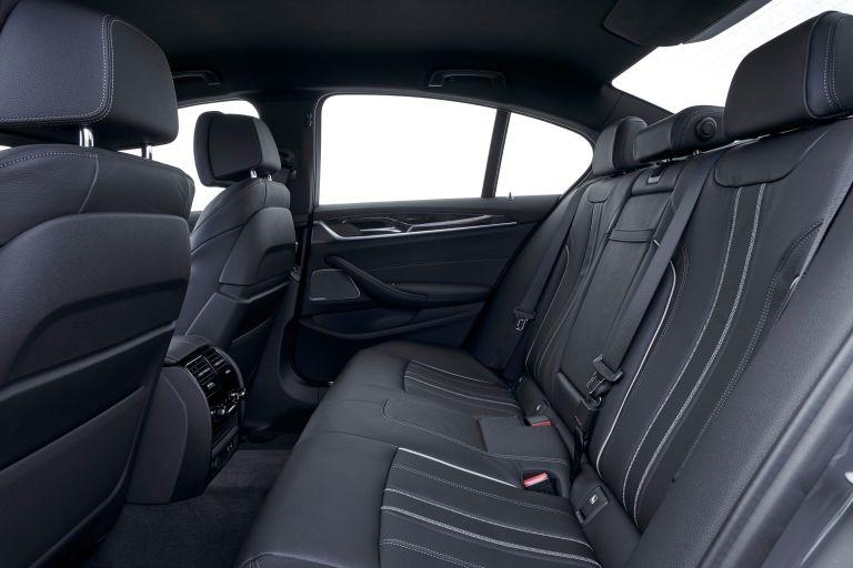 2021 BMW 530e ( G30 ) xDrive 605852